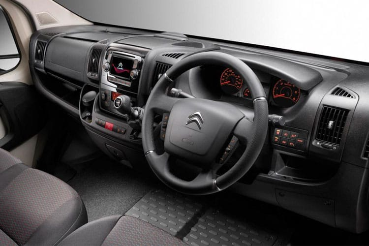 Citroen Relay 35 L3 2.2 BlueHDi FWD 140PS Ready to Run Plus Tipper Double Cab Manual [Start Stop] inside view